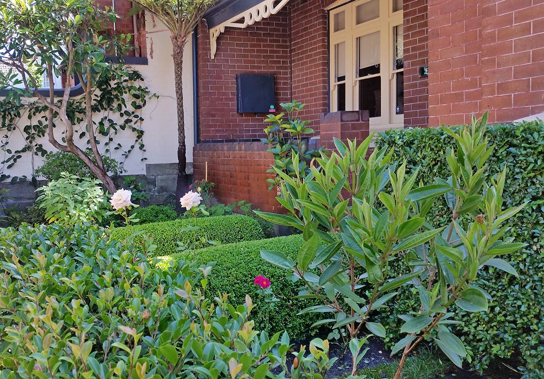 Stunning Inner City Gardens Gallery - Landscaping Ideas for Backyard ...